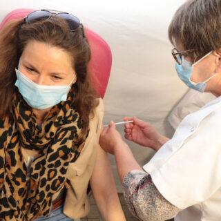 vaccination covid 25000e injection